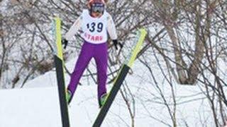鮮やかなV字飛行 小樽で少年ジャンプの全国大会(2013/03/23)北海道新聞