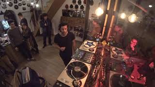 Vinyl & Wood Instore Session w/ Lee Burton - 18.11.2017 Budapest (RTS.FM)