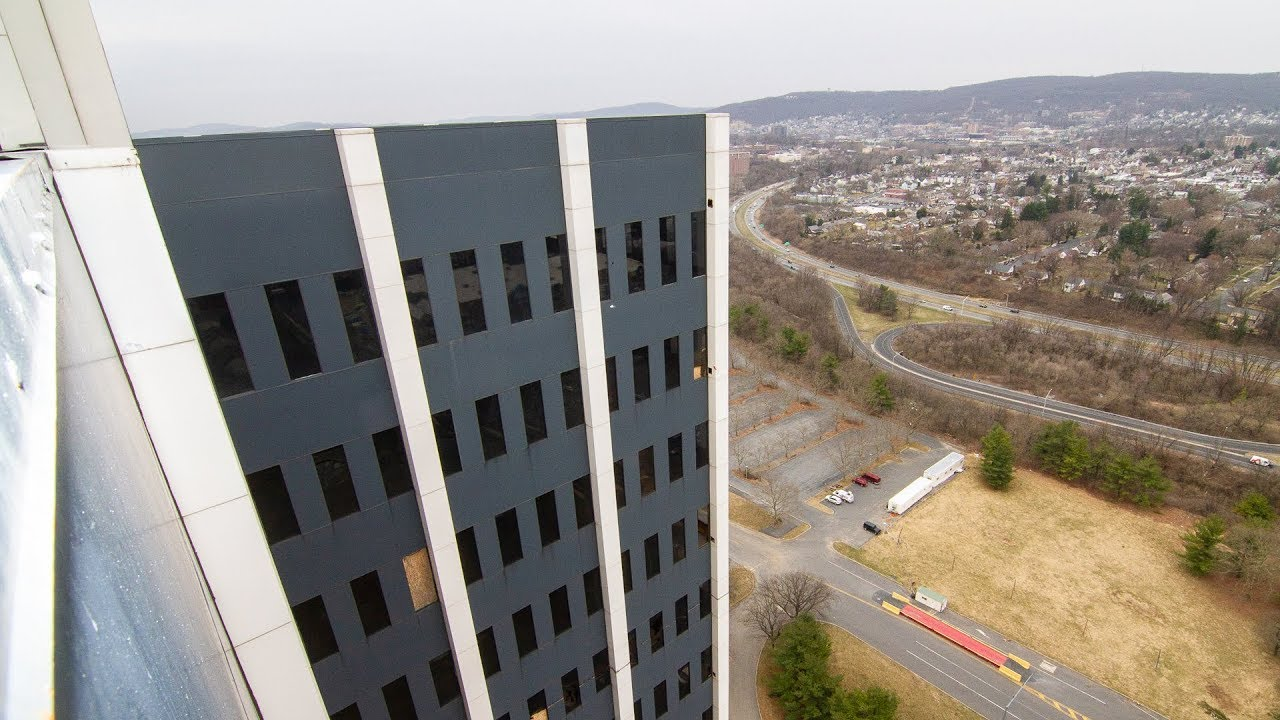 Martin Tower, Once a Symbol of Steel's Power in Pennsylvania, Implodes