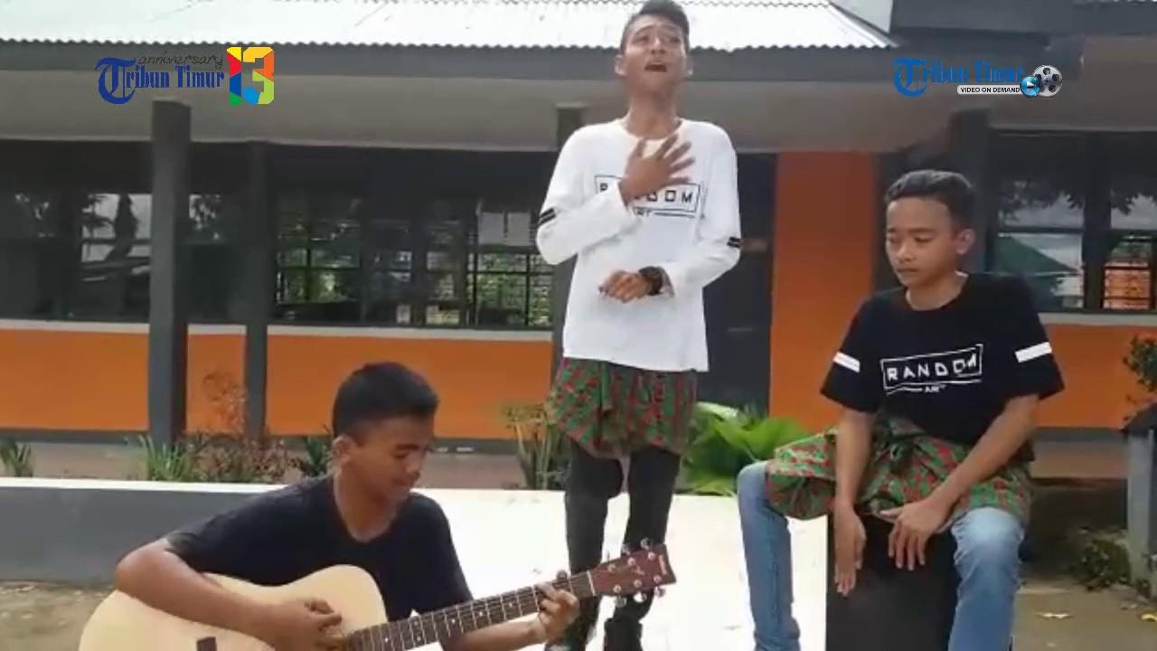 Wow Suaranya Keren Nyanyi Lagu 'Bendera'