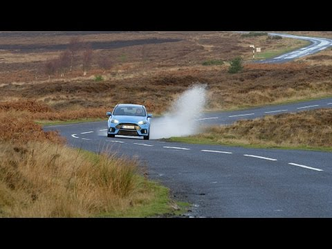 Ford Focus RS Takes on Blakey Ridge in North Yorkshire, UK