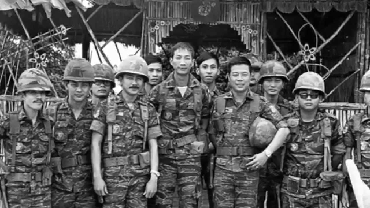 Câu Chuyện Tháng Chín: Kỷ Niệm Ngày Thuỷ Quân Lục Chiến Vươn Cao Cờ Chiến  Thắng Cổ Thành Quảng Trị - YouTube