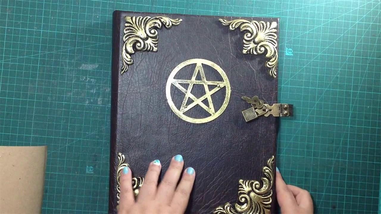 Livro das Sombras e Grimórios - Demonstração de produtos