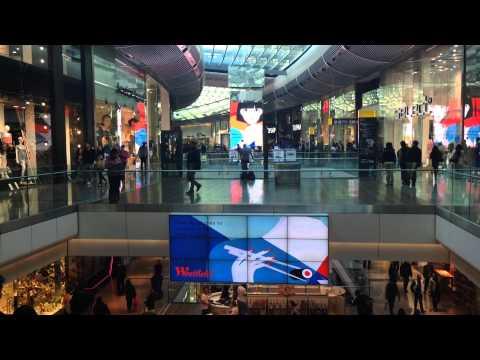 Westfield Shopping Center Stratford London Digital Screens