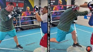 LOOK AT THAT SPEED! ANDY RUIZ BACK IN THE GYM DISPLAYING HEAVYWEIGHT POWER DURING MITT WORKOUT