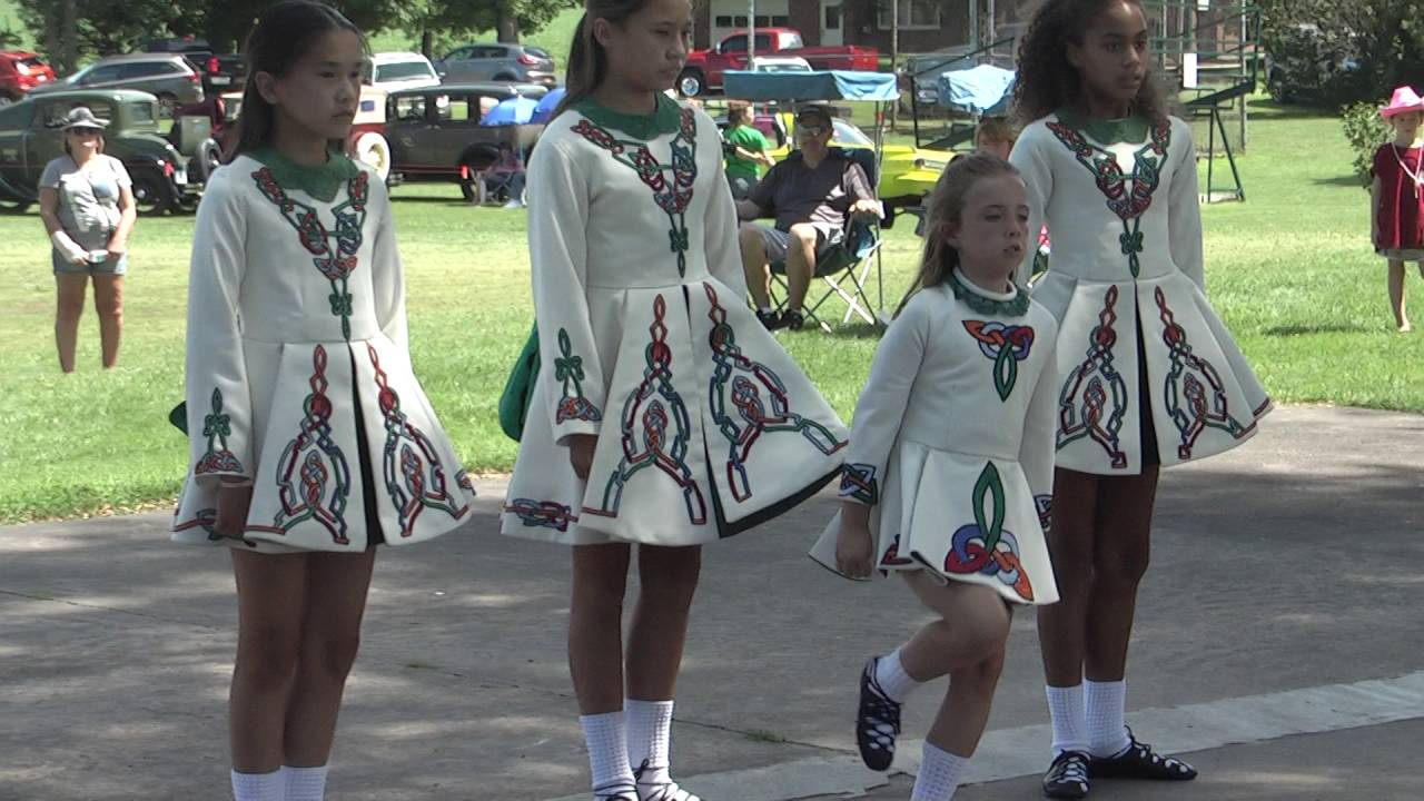Irish Dancers at Old Home Day  7-31-16