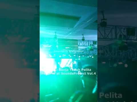 Live Perform Maliq N D'essentials - Senja Teduh Pelita @ SoundsProject Vol4