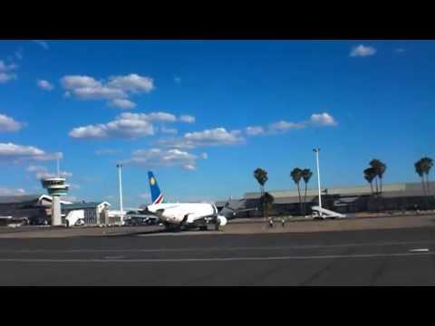 Air Namibia Airbus A319 landing @ Windhoek's Hosea Kutako International Airport.