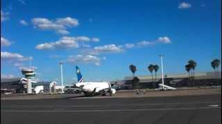 Air Namibia Airbus A319 landing @ Windhoek