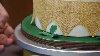 How To Decorate a Christmas Poinsettia Cake | Part Two | Global Sugar Art