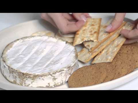 How to Make an Easy Baked Brie Appetizer - Real Simple