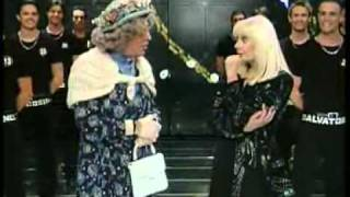 Raffaella Carrà e Milady (Enrico Montesano) Carramba Che Fortuna 2008