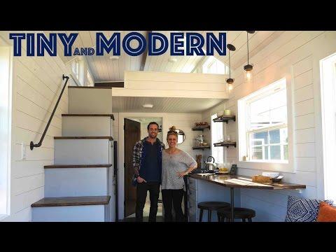 Tiny House has SEVEN FEET of headroom under its loft!