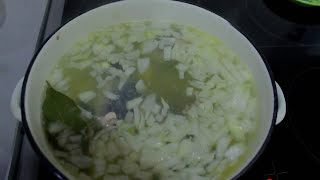 Суп из скумбрии (быстро просто и вкусно)