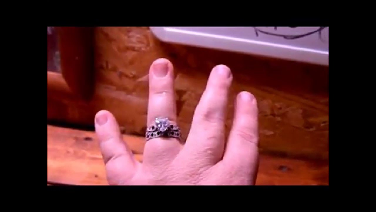 Juelia Ring Review - YouTube