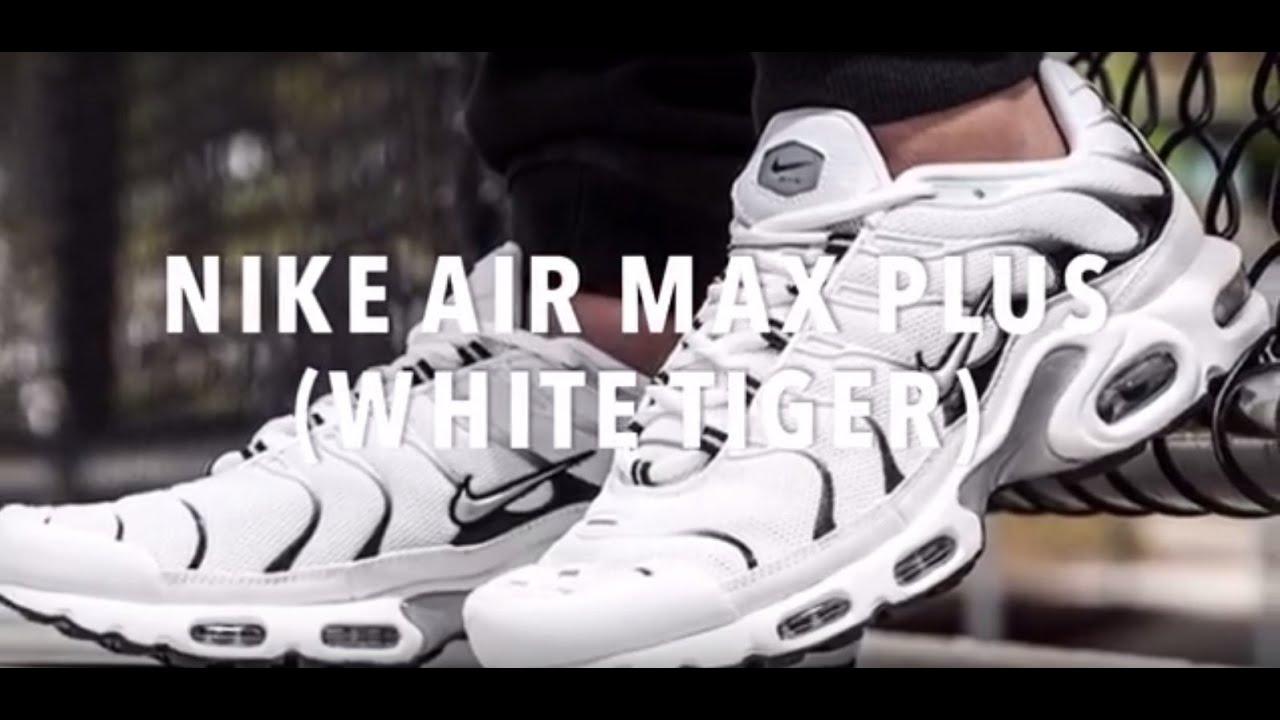 NIKE AIR MAX PLUS (WHITE TIGER