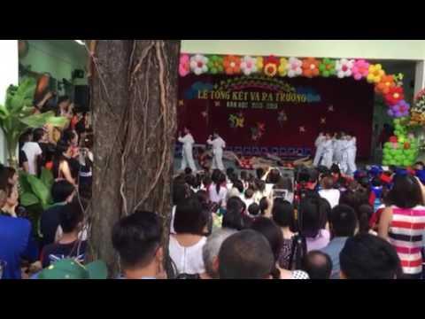 Chị Kem múa aerobic