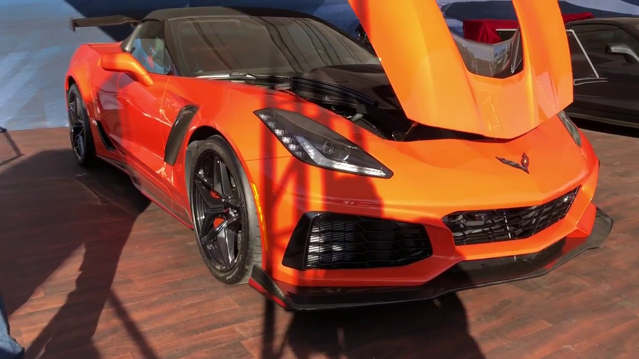 First Look - 2019 Corvette ZR1 Convertible & Coupe ...