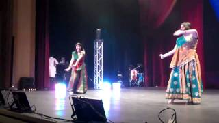 DJ Bally (Indian DJ, Desi DJ) - MSU Maroon Vibes Dance Competition 2010 - 2
