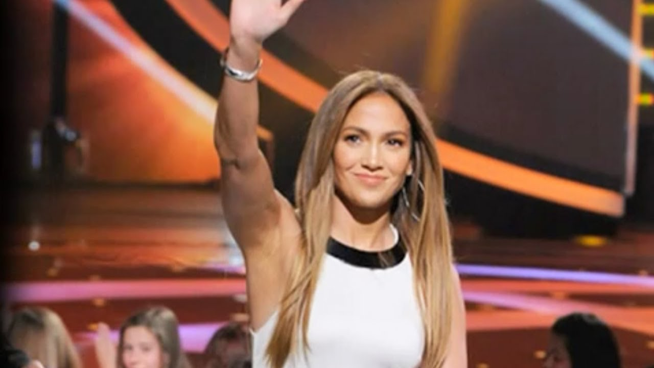 Jennifer Lopez's American Idol Fashion (Season 11)