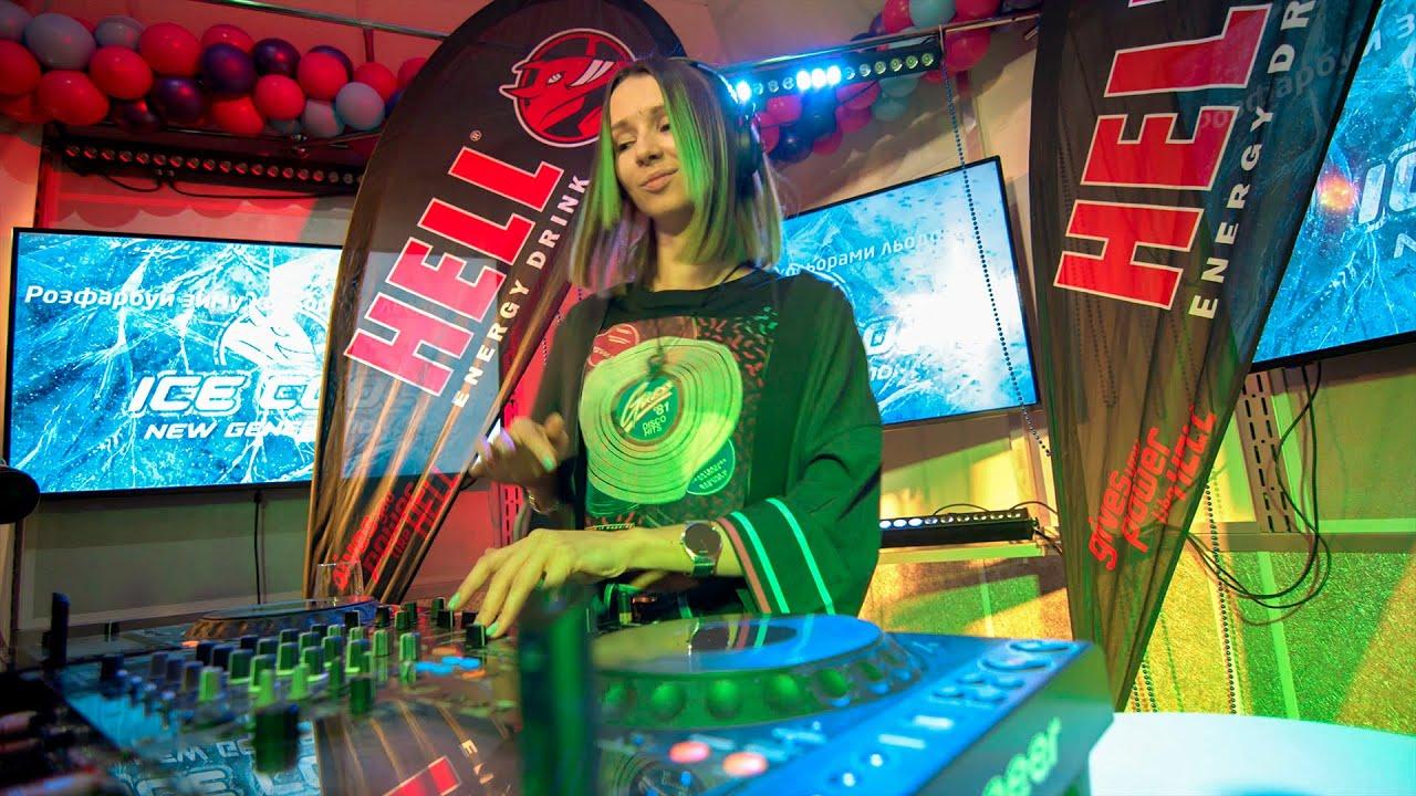Miss Monique - Special Mix for KissFm Ukraine [Progressive House/Melodic Techno DJ Mix] 4K