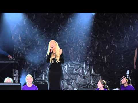 Merry Christmas Darling - Chloe Agnew