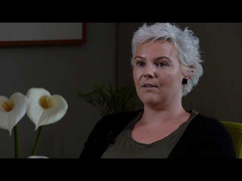 Living With Ovarian Cancer Coping With Hair Loss Youtube