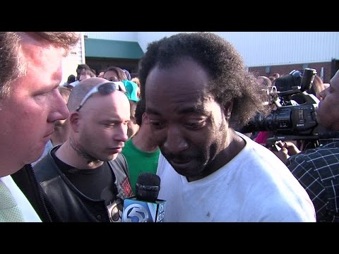 "Charles Ramsey original ""Dead Giveaway"" interview in HD"