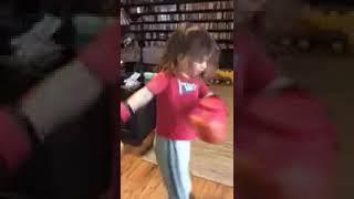 ボクシング グローブが届きました 🥊 [アメリカ ホームビデオ]