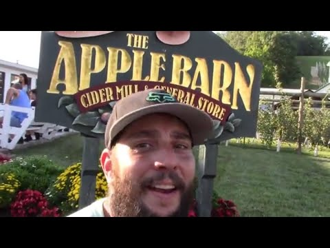 Apple Barn and Cider Mill, Sevierville, TN