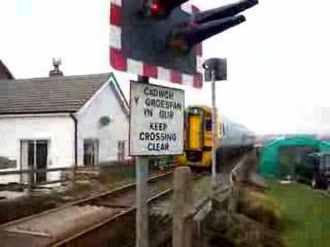 Train from Aberystwyth through Borth (Vid Taken in Borth)