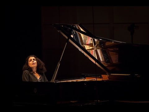 Sofya Melikyan performs Federico Mompou's Variations on a Theme of Chopin