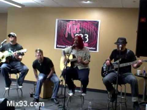 Mix 93.3 Studio B Acoustic with Seether...