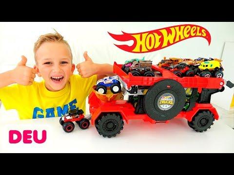 Vlad und Nikita spielen mit Hot Wheels Monster Trucks