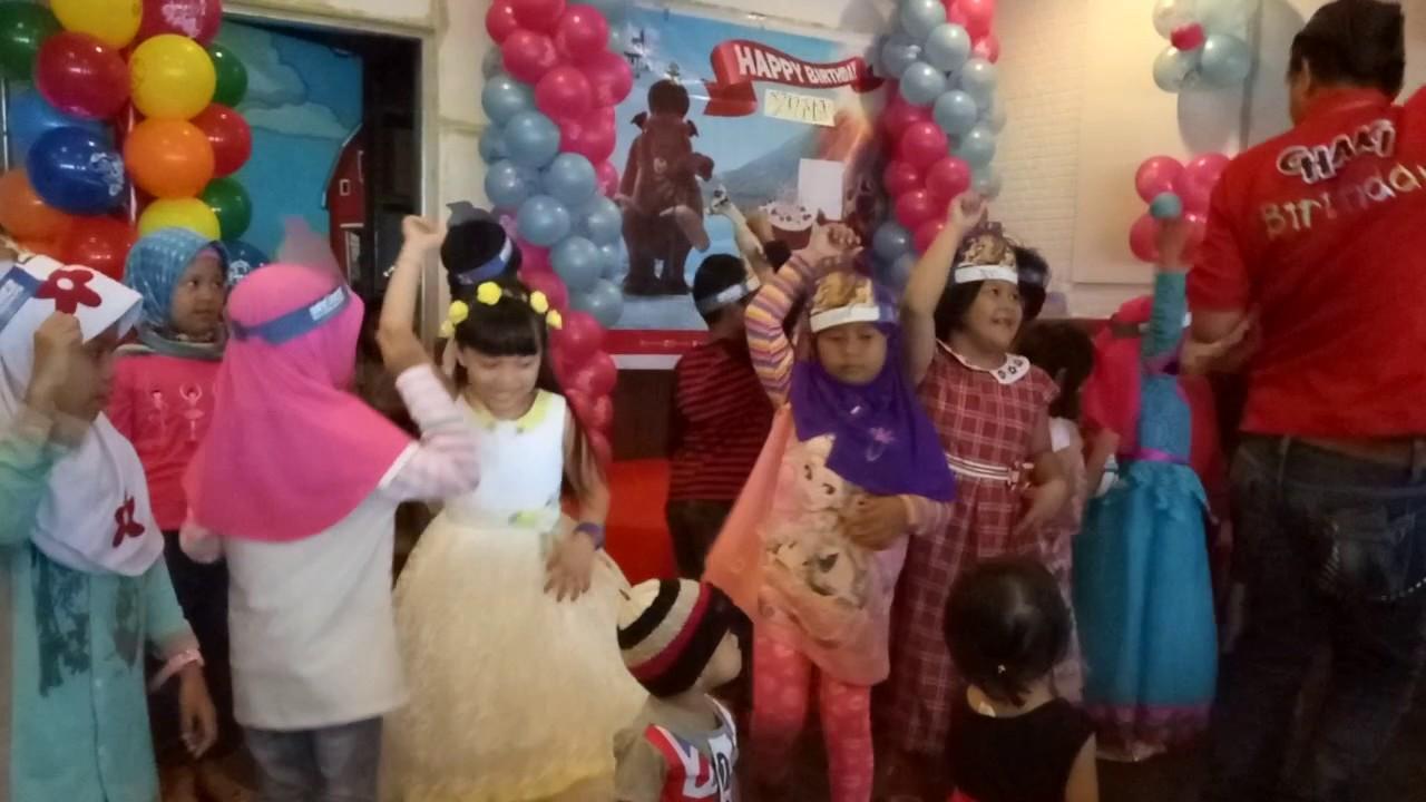 Kfc Birthday Party Youtube