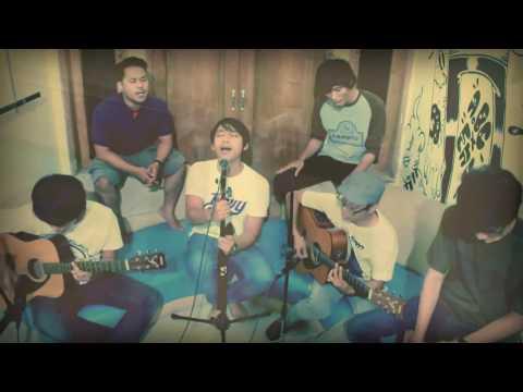 ▶ Sebuah Tawa Dan Cerita   I, The Shelter Official Acoustic Video