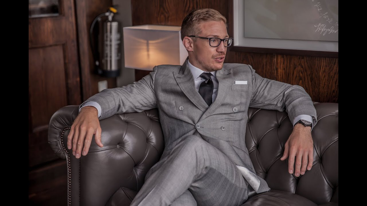How To Match Your Suit, Shirt, Tie & Pocket Square - YouTube