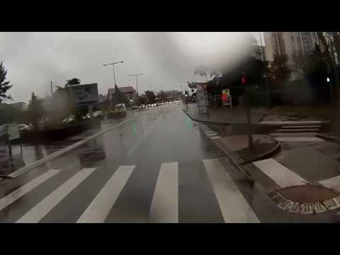Scènes de la Vie à Vélo à Lyon 0007 - Vélotaf un matin sous la pluie