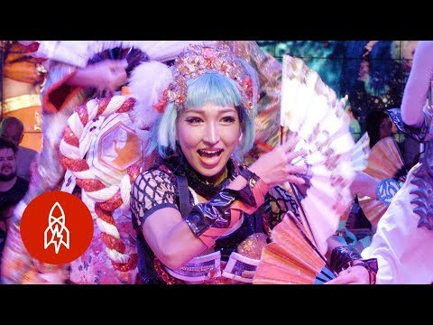All Hail Tokyo's Robot Queen!