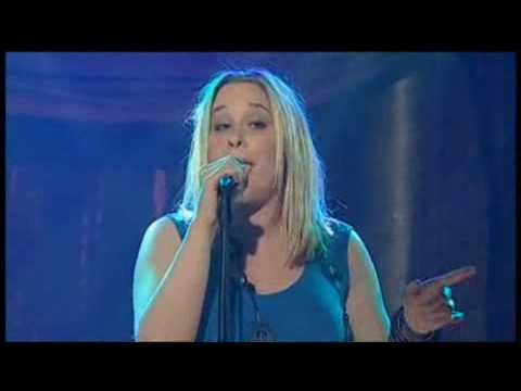 Catherine Britt - Lucky Girl - (Live, on RocKwiz)