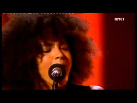 Esperanza Spalding - I know You know (Live) - Nobel concert(2).mp4
