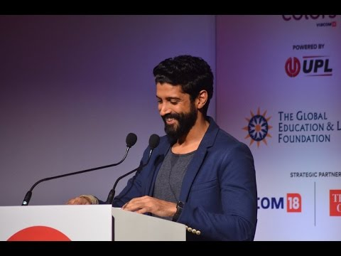 Farhan Akhtar Recites Poem at Global Citizen India | Real Meaning Of Mard