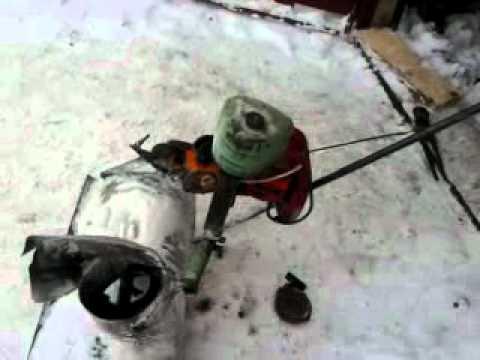 Снегоуборщик из бензопилы.mp4