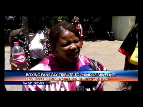 Boxing Fans paying tribute to Phindile Mwelase