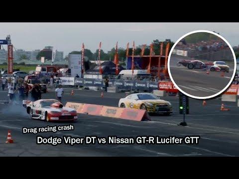 Заезд Dodge Viper