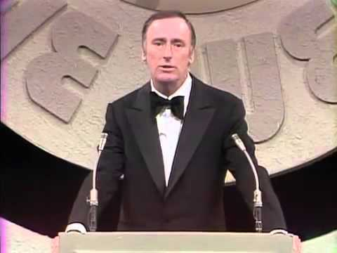 THE DEAN MARTIN COMEDY HOUR    Man of the Week roast of Jack Benny  February 1974