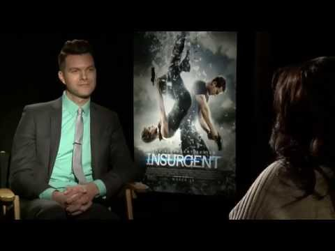 "Octavia Spencer tells AJ Gibson what it was like to glam down for ""INSURGENT"""