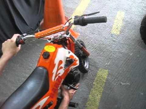 aefecab0d8a Mini Moto Cross BZ Fire 49cc Barzi Motors - YouTube