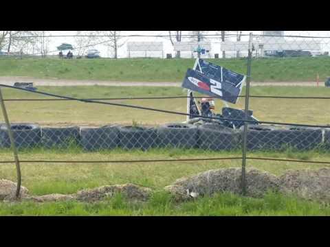 250f Outlaw Kart Racing #2 Riley P. @ Sandhollow Raceway Park, Idaho