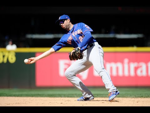 New York Mets trade Neil Walker to the Milwaukee Brewers